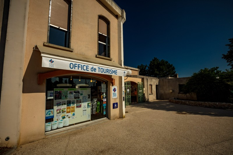 Contact met het Office de Tourisme